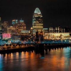 night skyline of Cincinnati Ohio